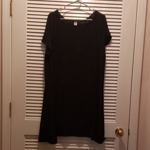 Old Navy Long T-shirt **knee length XXL